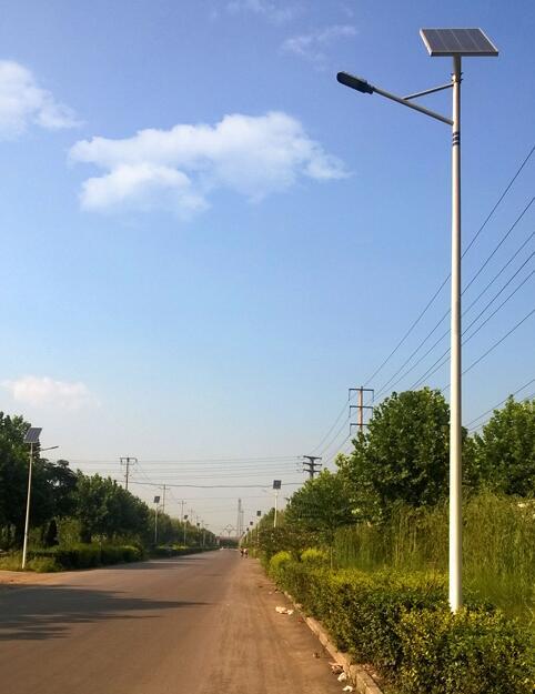 山东太阳能路灯