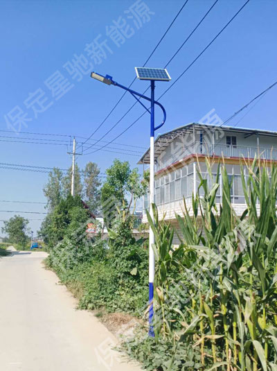 安徽5米太阳能路灯