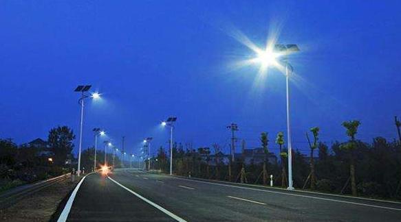 太阳能路灯七米的多少钱一套