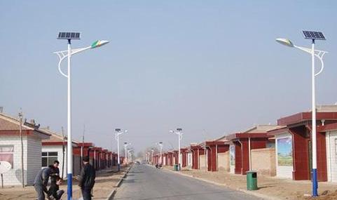 户外太阳能路灯价格表多少钱