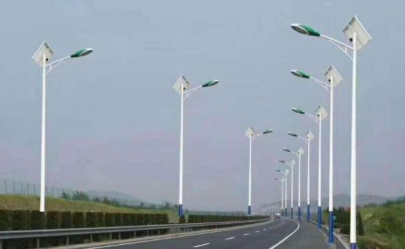 农村30w太阳能路灯多少钱一套