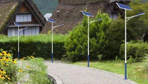 8米太阳能led路灯报价多少钱一套