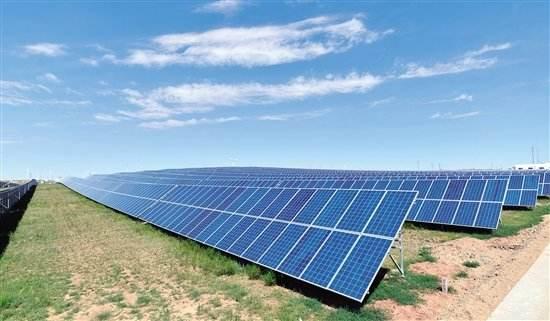 太阳能离网发电系统价格多少?一天发电量多少