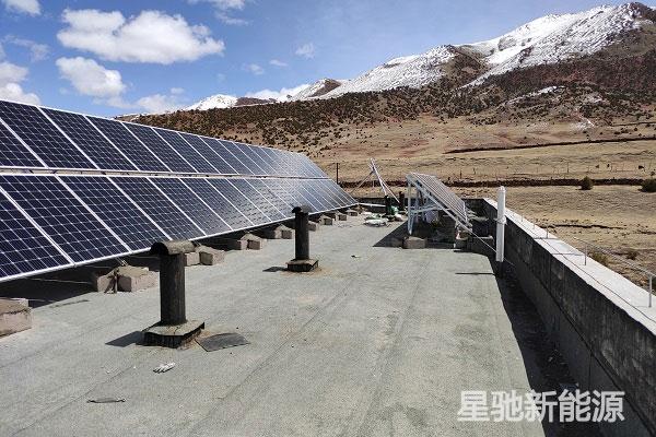 偏远山区学校屋顶做太阳能光伏发电