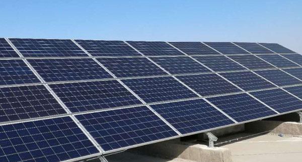 鱼塘太阳能发电站