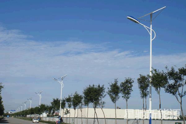 6m太阳能路灯