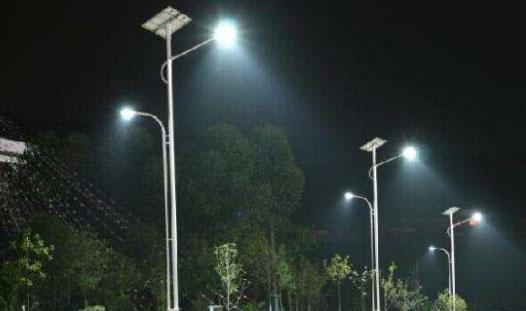 六米太阳能路灯杆价格