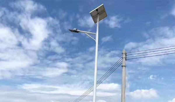 led路灯一般多多少钱一个