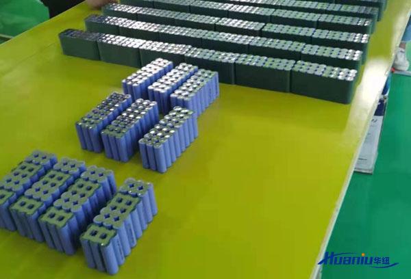 AGV锂电池的价格