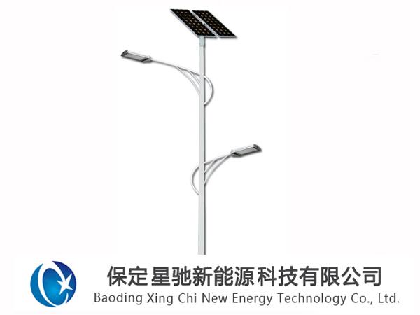 双臂太阳能路灯图片